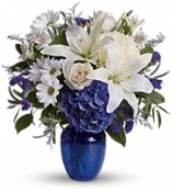 Blue Sky - Fresh Floral Arrangement - Deluxe