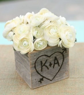 """Barnwood Blooms"" Fresh Flower Arrangement with Keepsake Box"